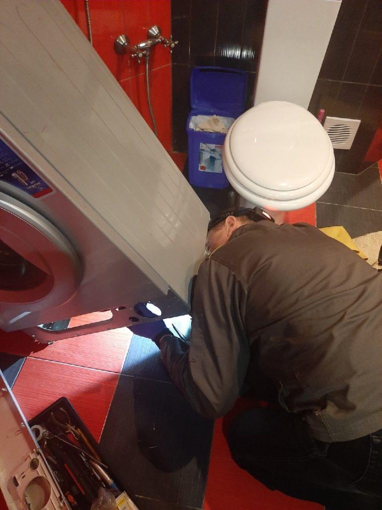 Ремонт стиральной машинки НА ДОМУ не сливает воду