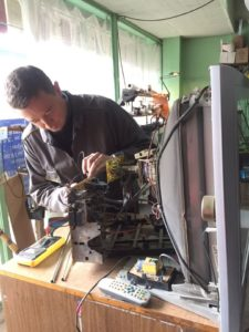Ремонт телевизора в Донецке на дому